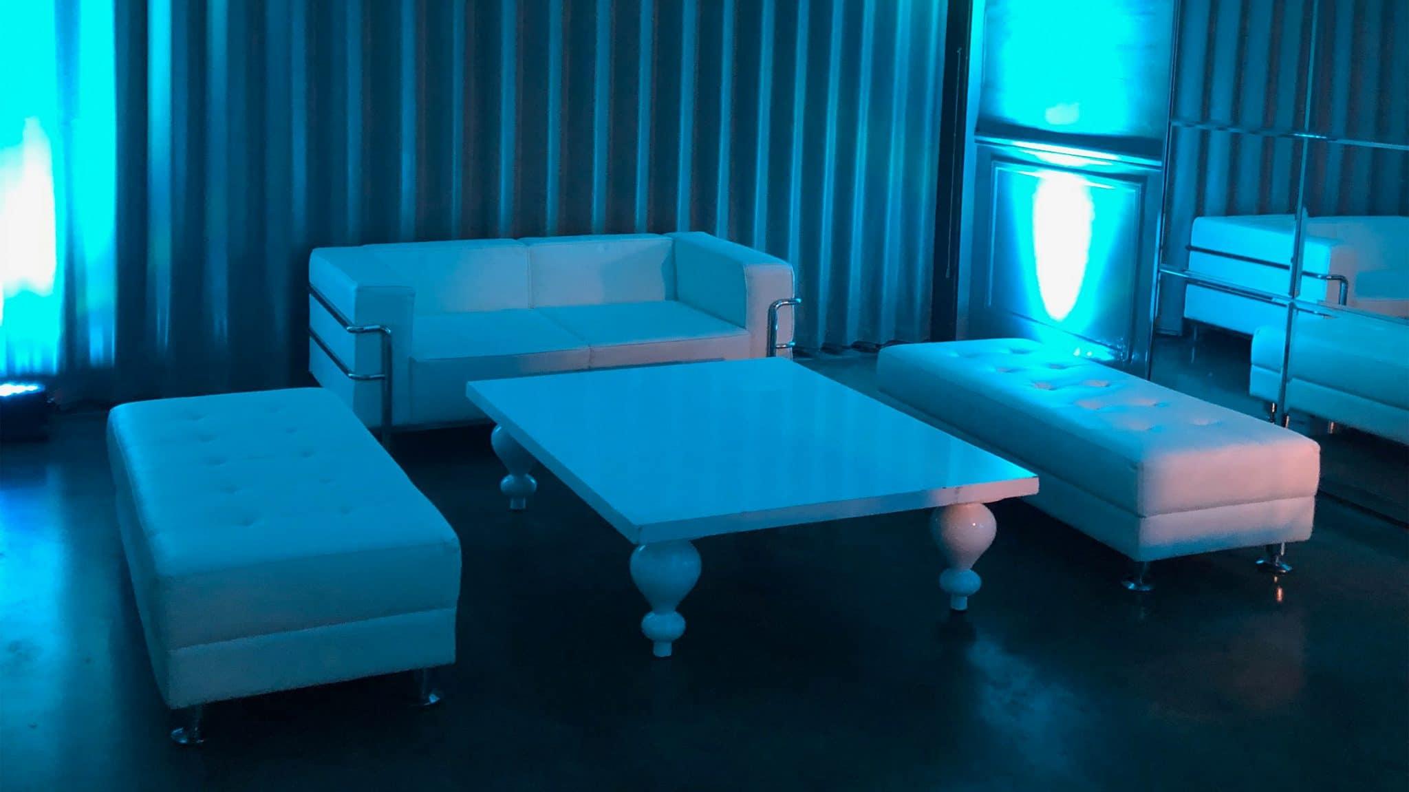 Lounge Wide